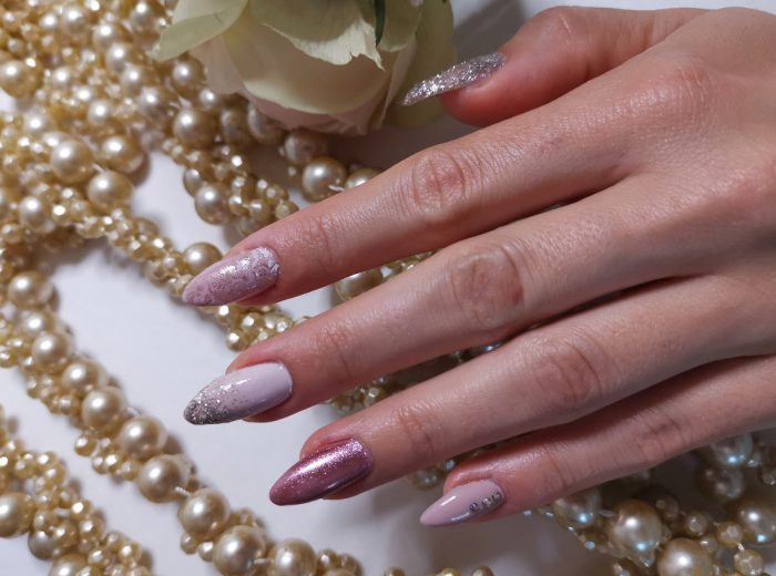 HEINZEL NAILS & BEAUTY elegantes Design