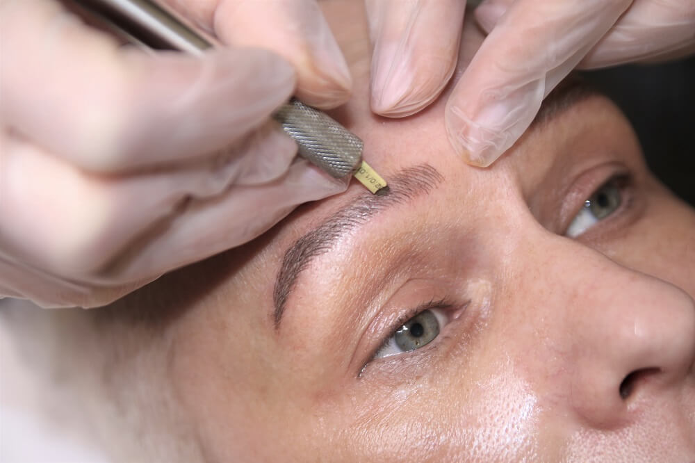Microblading bei HEINZEL NAILS & BEAUTY
